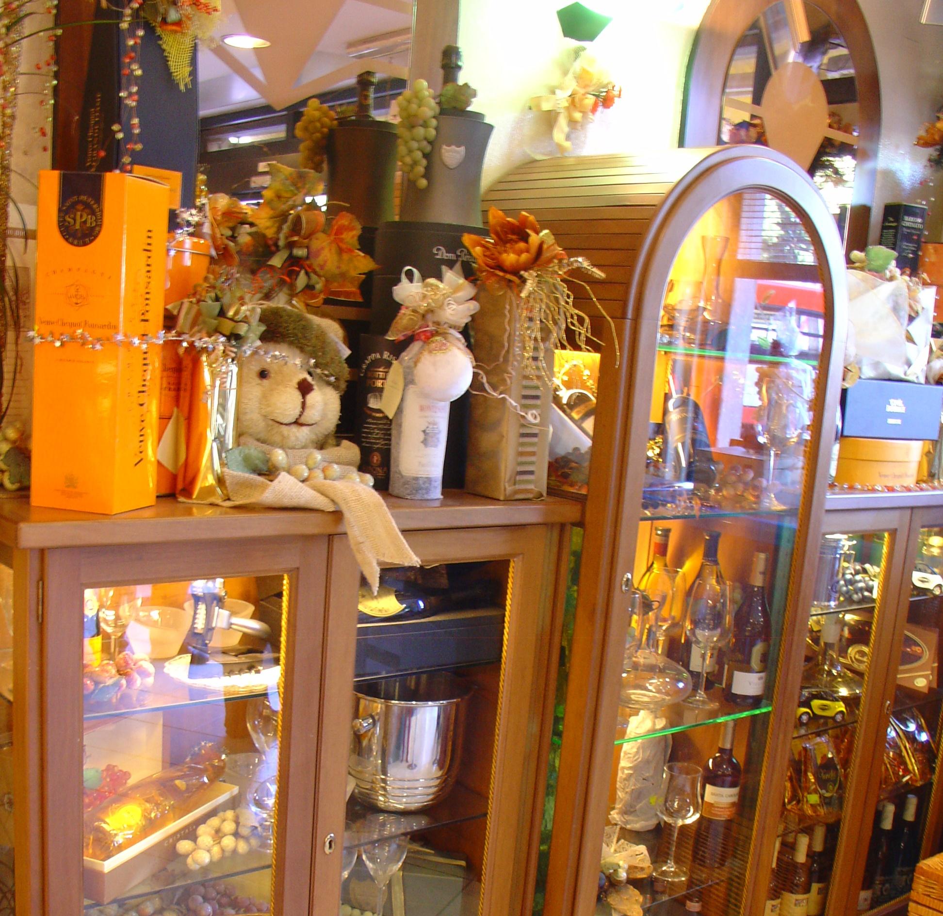 Arredamento bar a roma chiavi in mano arredamento for Arredamento bar roma